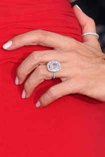 6 Pictures For Sofia Vergara Engagement Ring Celebrities Photos
