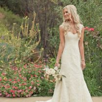 Throw Your Ultimate Distinctive Country Rustic Wedding To Rock The