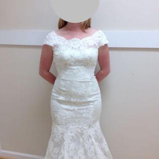 Reddit, Help Me Find This Wedding Dress My Mom Told Me I Was Too