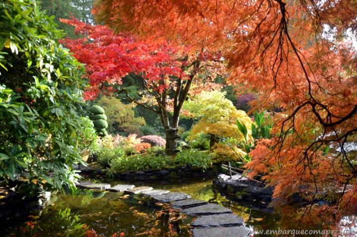 The Butchart Gardens Japanese Garden durante o outono no Canadá