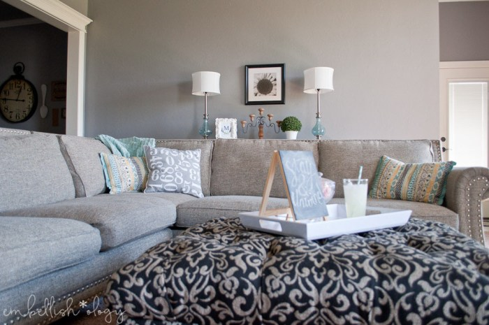 5 Elements Of A Family Friendly Living Room Embellish Ology