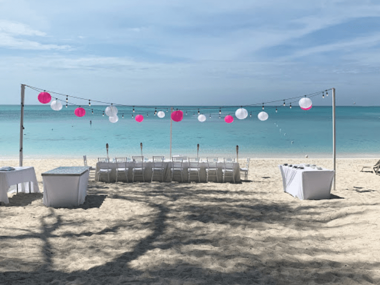 Destination Wedding Advantages