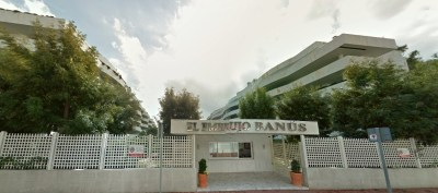 embrujo-banus-entrance