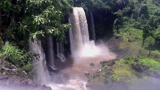 The Kwa waterfall