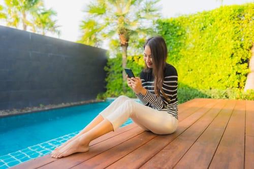 using smartphone app pool technology