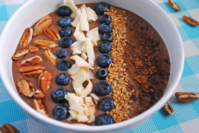 Chocolate Banana Avocado Smoothie Bowl | Emilie Eats