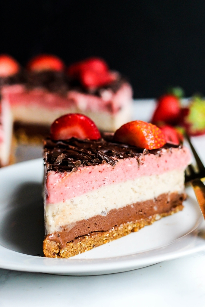 These 10 Vegan Strawberry Recipes will help you put all those delicious summer strawberries to good use! Breakfast to dessert to salad recipes included.