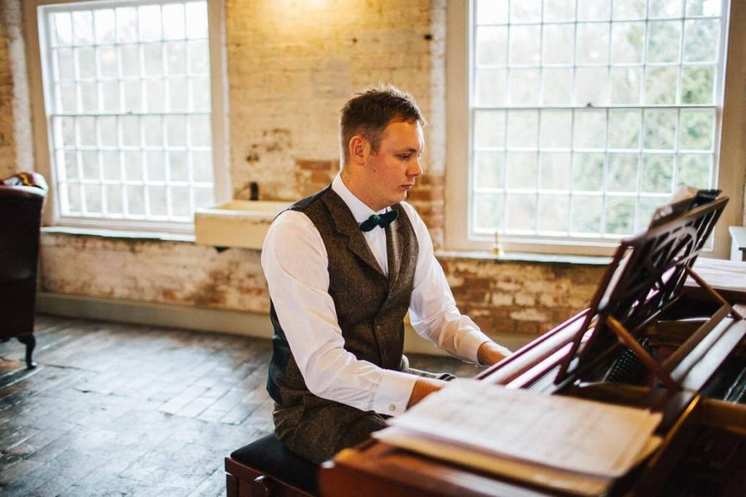Ceremony piano music