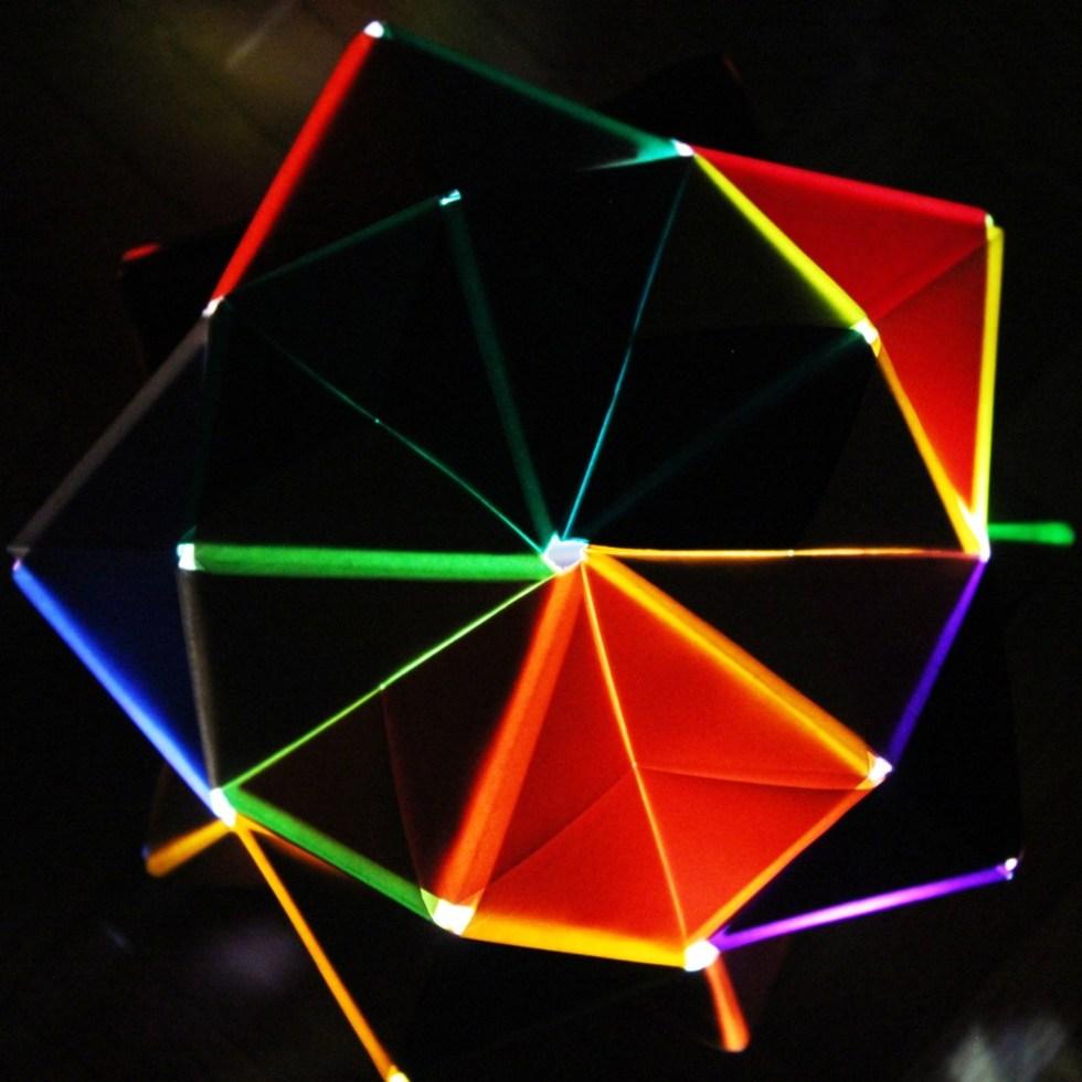 sonobe-icosahedron-origami-5