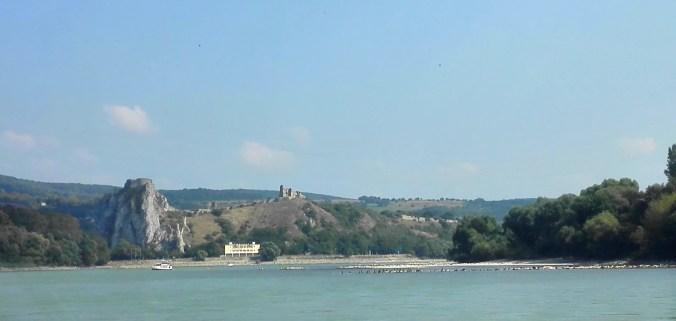 Bratislava_Devin_castle