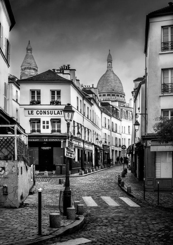 Photo de Paris Montmartre – Rue Norvins Le Consulat