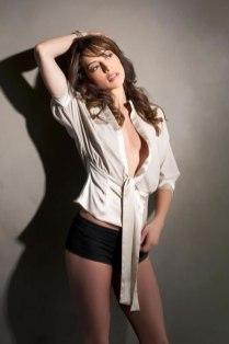 Emmanuelle Vaugier elegant photoshoot 2