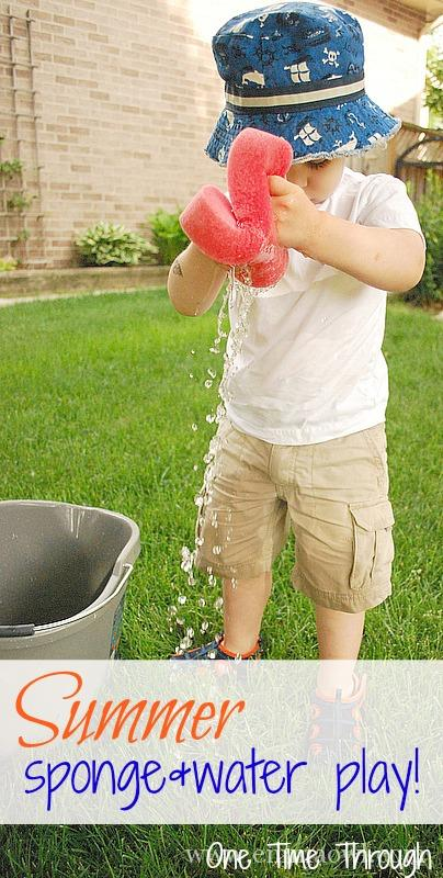 Summer-Sponge-Water-Play