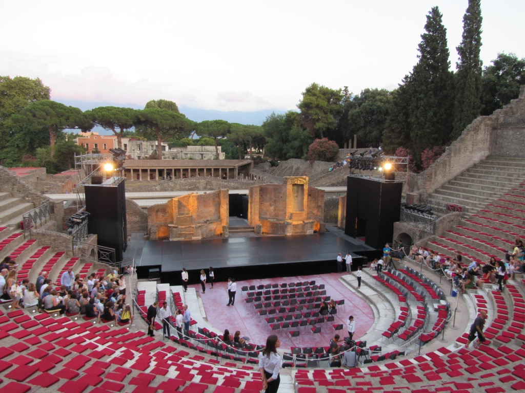Roberto Bolle - Anfiteatro romano di Pompei