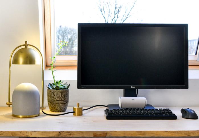 Frontal Factory Concrete Desk Lamp-4
