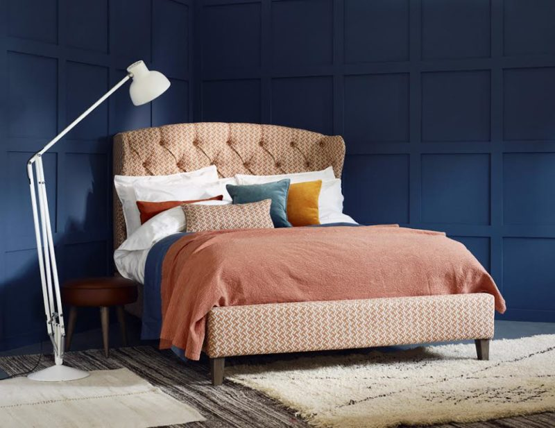 Henrietta Upholstered Winged Bed Tufted