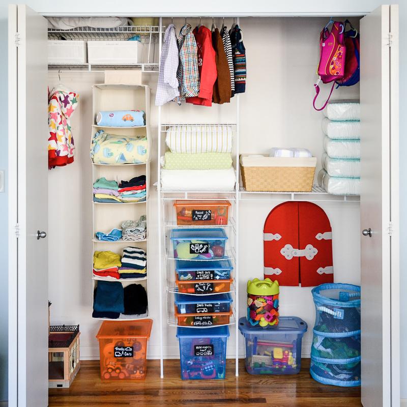 Organising toddler bedroom closet