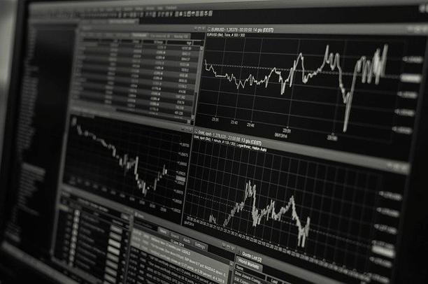Binary-options-trading