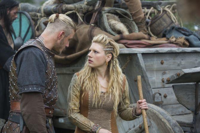 History-Channels-Vikings-Season-5-Bjorn-and-Lagertha-as-seen-in-Season-3-670x447