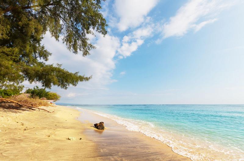 02-Indonesia-Gili-Beach-1