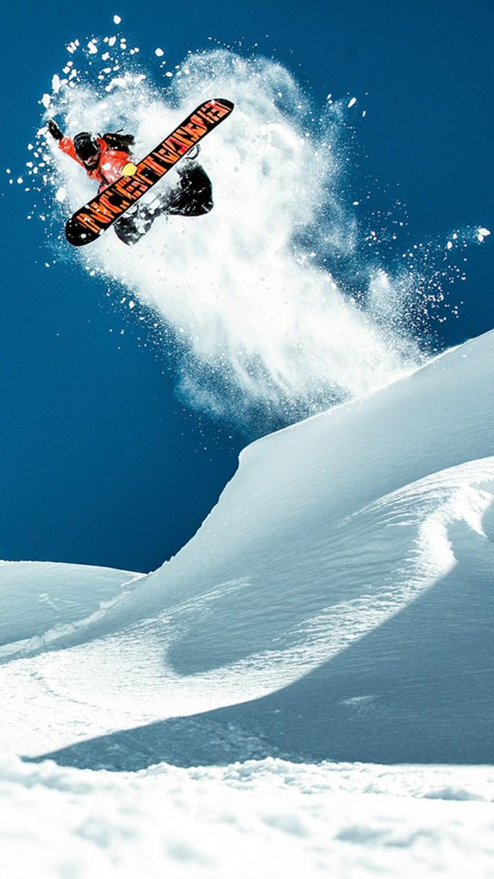snow-boarder-2235