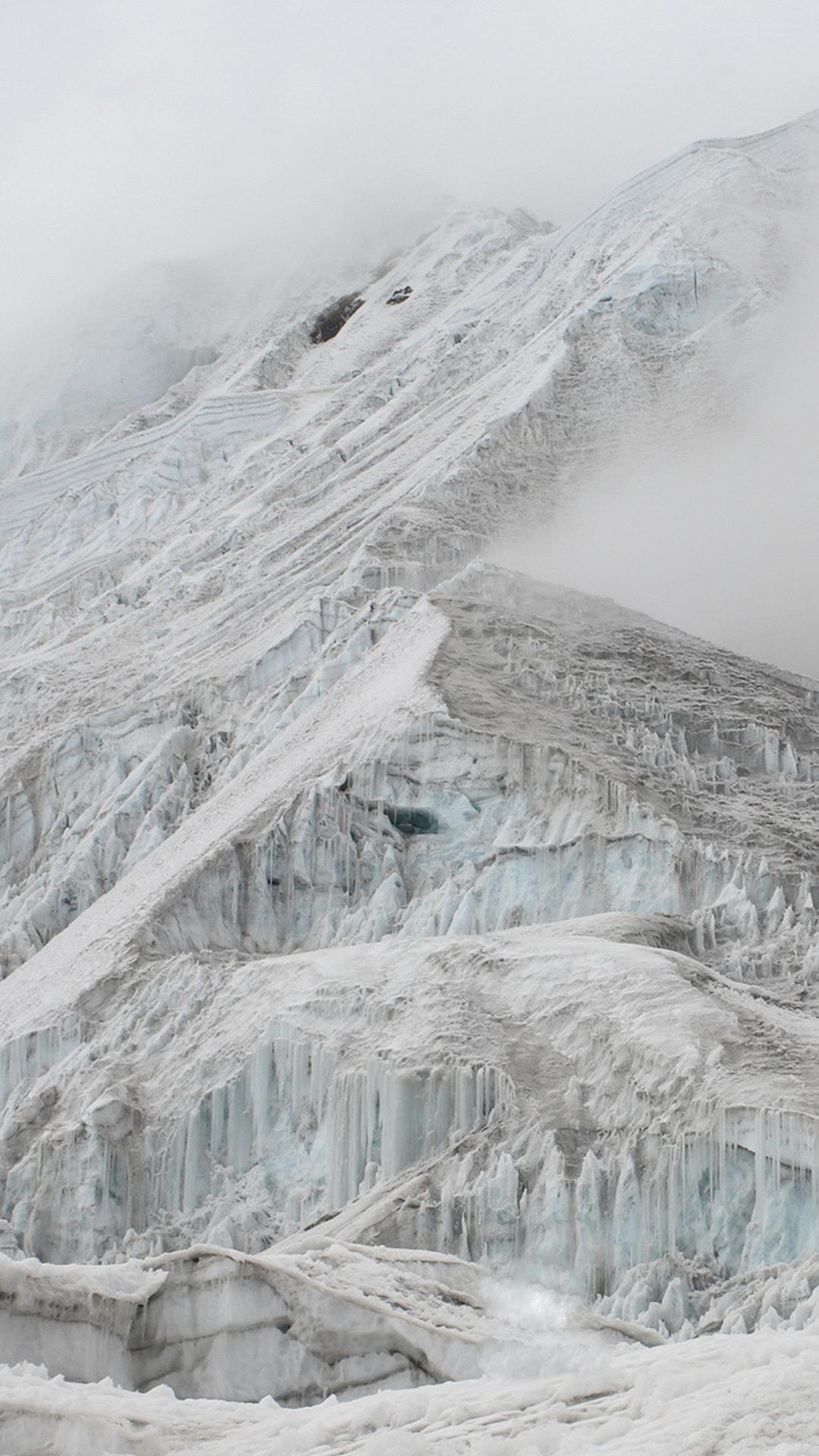 snowy-ridge-5536