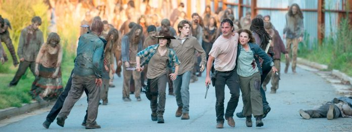 the-walking-dead-episode-608-carl-riggs-rick-lincoln-post-1600x600