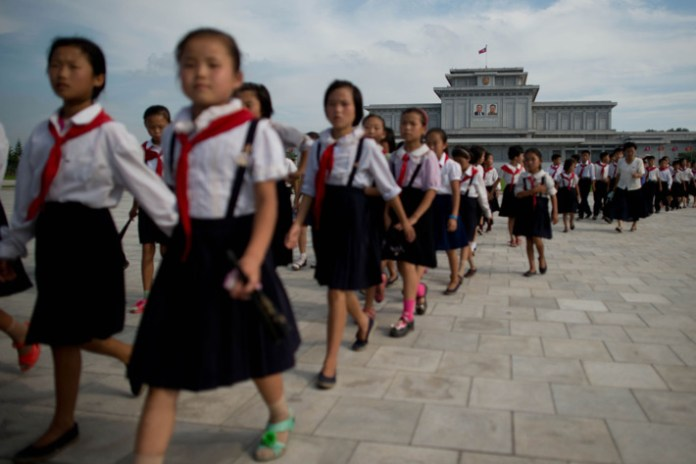 06-north-korea-school-children.w710.h473