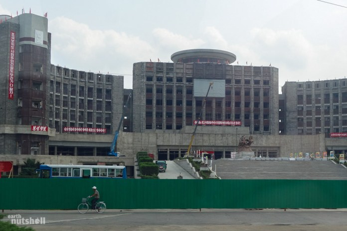 109-pyongyang-construction