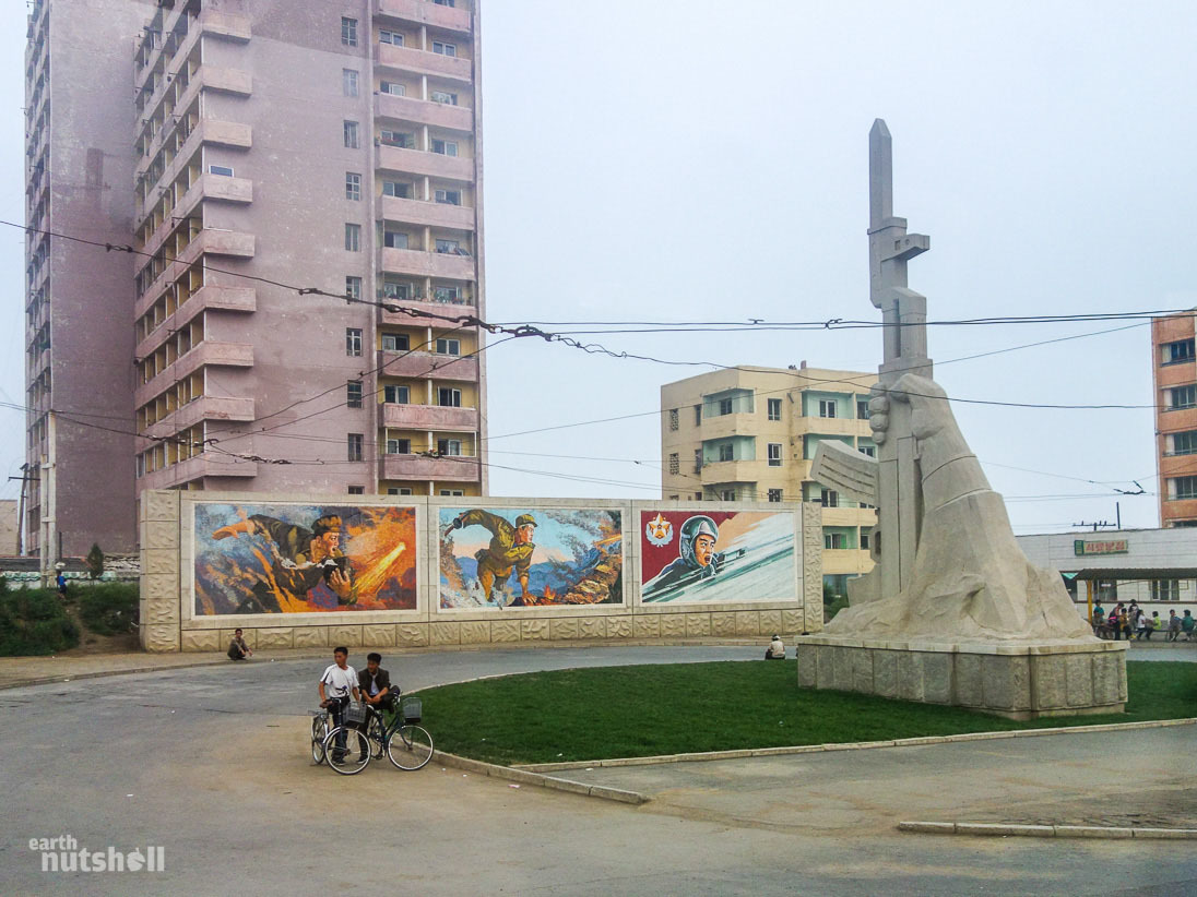 129-haeju-ak47-monument