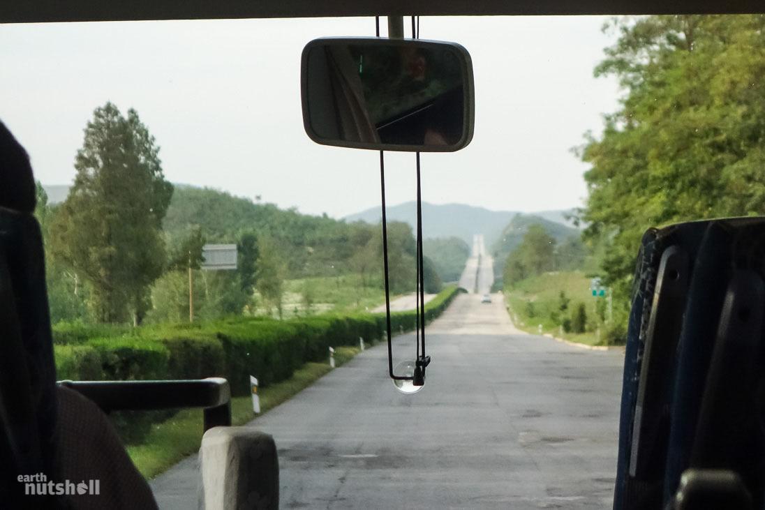 89-pyongyang-kaesong-motorway