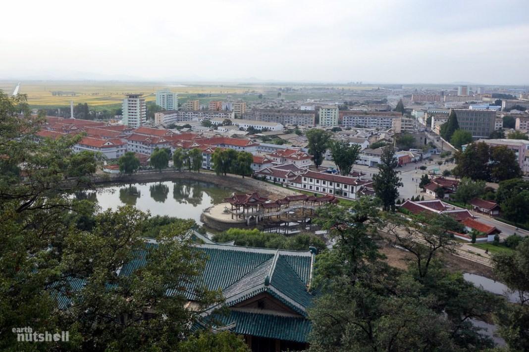 94-sariwon-folk-street