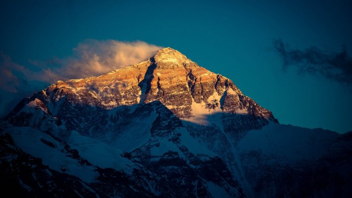 mt-everest-sunset-jo-cool_h