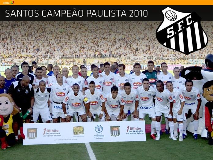 93a81c003d ... Jogadores do Santos posam para foto oficial instantes antes da partida  contra o Vit—ria pelas finais da Copa do Brasil 2010