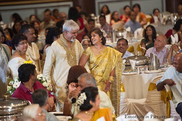 malayalee-hindu-wedding-kuala-lumpur-malaysia-bride-entrance