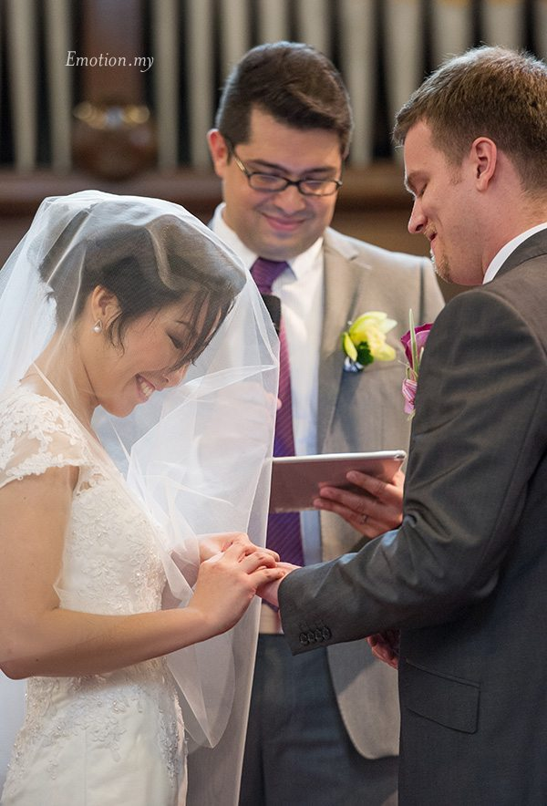st-andrew-church-wedding-exchange-rings-vows-emotion-in-pictures-andy-lim