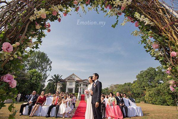 korean-couple-garden-wedding-carcosa-seri-negara-kuala-lumpur-malaysia