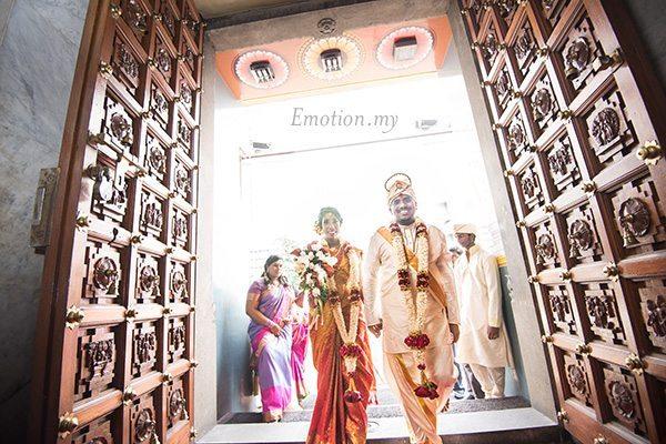 ceylonese-wedding-ceremony-temple-prayers
