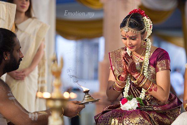 hindu-wedding-sri-sakthi-easwary-kuala-lumpur-bride-vimal-vimala