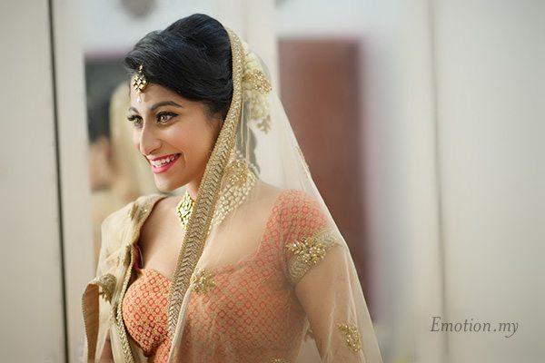 hindu-wedding-bride-portrait-kuala-lumpur-malaysia-kris-tharshini