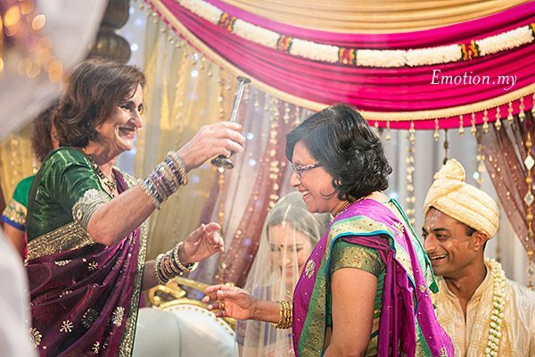 ceylonese-wedding-ceremony-kuala-lumpur-malaysia-parents