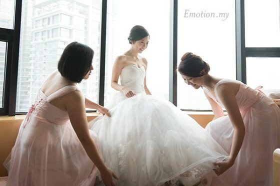 christian-wedding-bride-getting-ready-edward-tze-teng