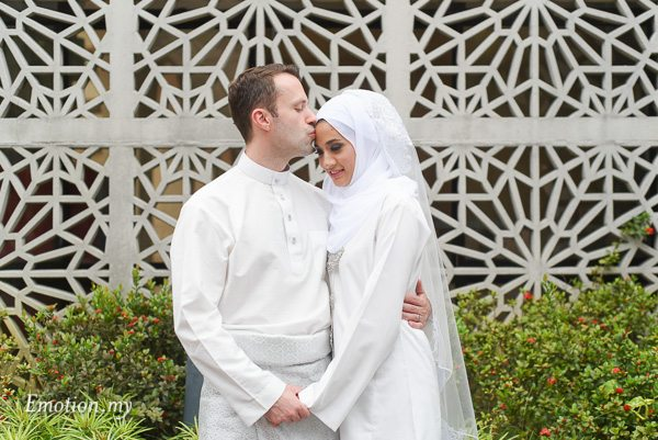 malay-couple-portraits-teamtwo-emotion-in-pictures