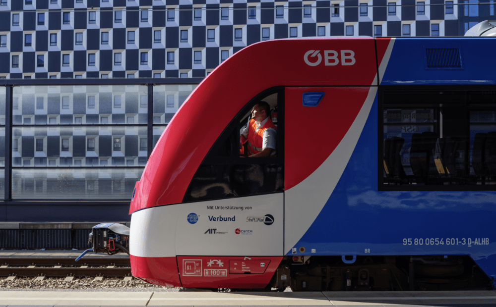 Prototyp soupravy společnosti Alstom poháněné vodíkovými články