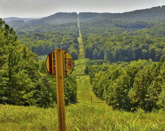 Trasa ropovodu společnosti Colonial Pipeline na východě USA (foto Colonial Pipeline)