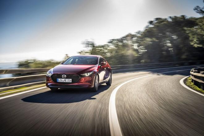 První modely s motory Skyactiv-x přichází na trh v roce 2021 (foto Mazda)