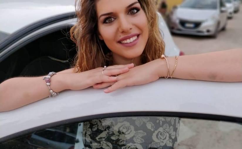 Mariangela De Lucia: modella curvy per un giorno a Milano per affermare un canone di bellezza fuori dai soliti standard