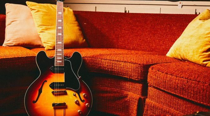 """Gibson honours blues legend with Slim Harpo """"Lovell"""" ES-330 signature model"""