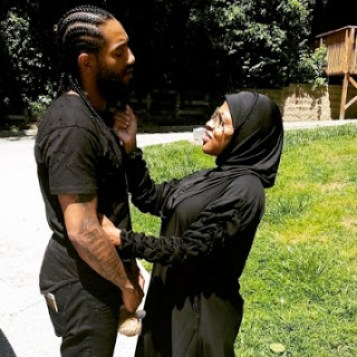 Is Lil Mo Muslim?
