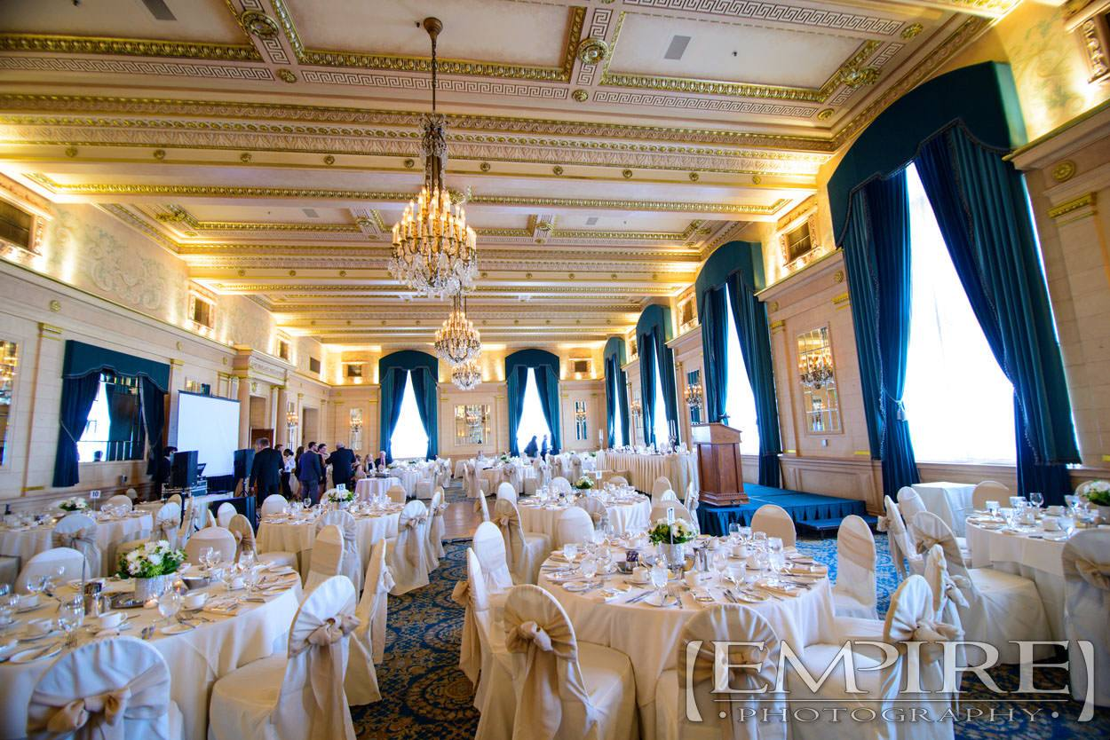 Winnipeg Wedding With Steph Amp Joel At The Fort Garry Hotel